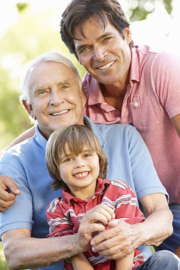 família da Multi-geração fora imagens de stock royalty free