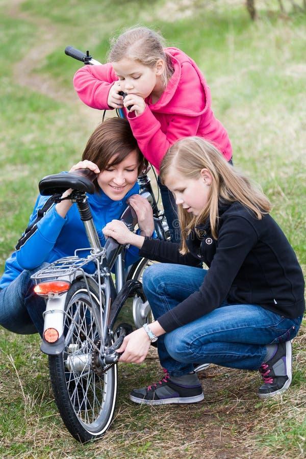 Família do ciclismo fotos de stock