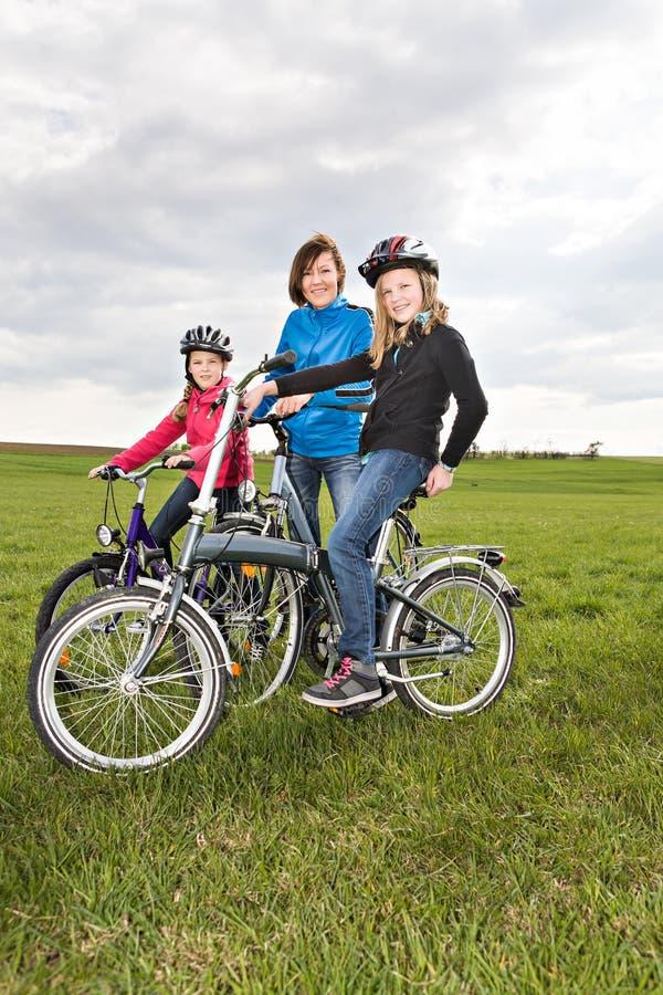 Família do ciclismo fotos de stock royalty free