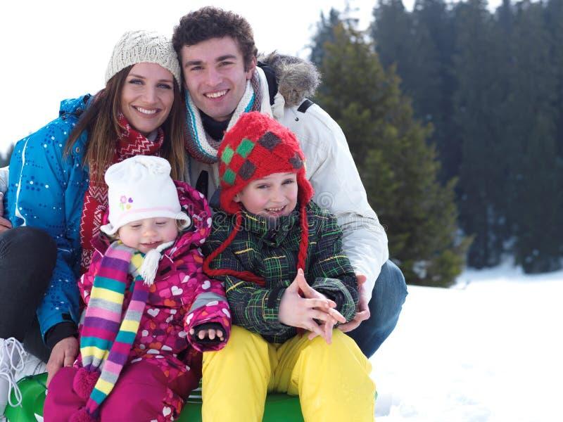 Família do inverno imagem de stock royalty free