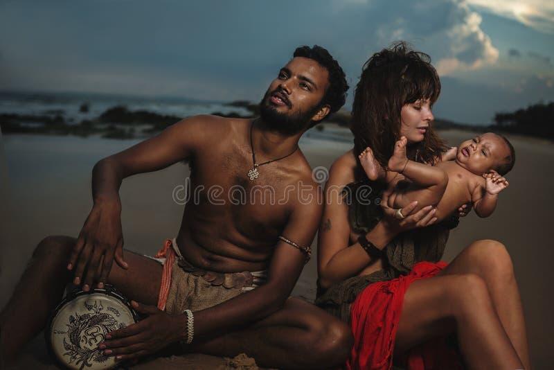 Família feliz da raça misturada fotografia de stock