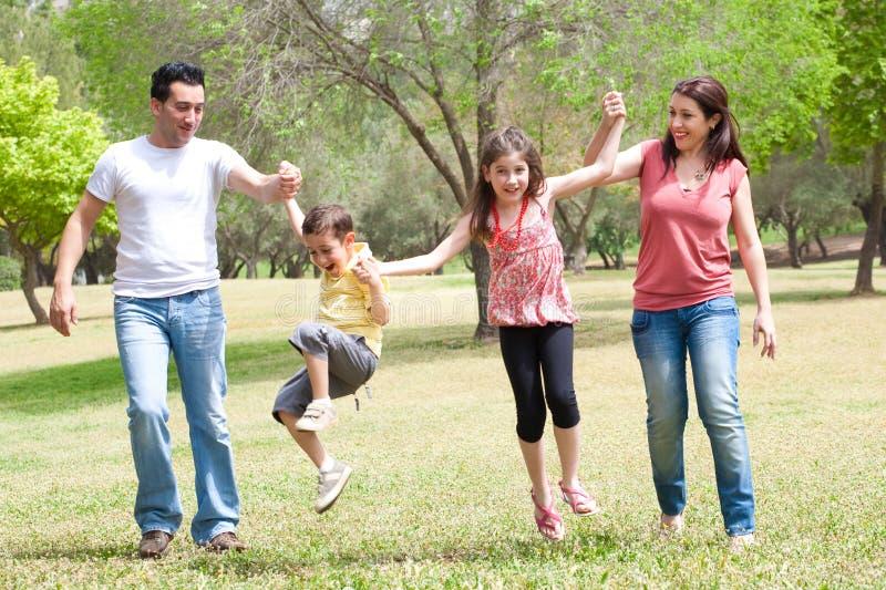 Família feliz em férias fotos de stock royalty free