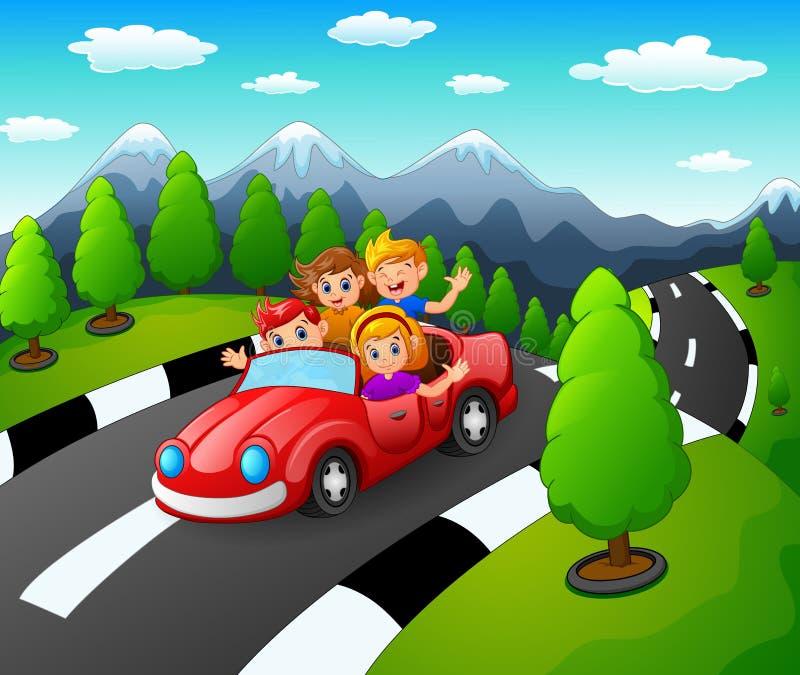 Família feliz que viaja pelo carro vermelho junto no fundo da natureza ilustração royalty free