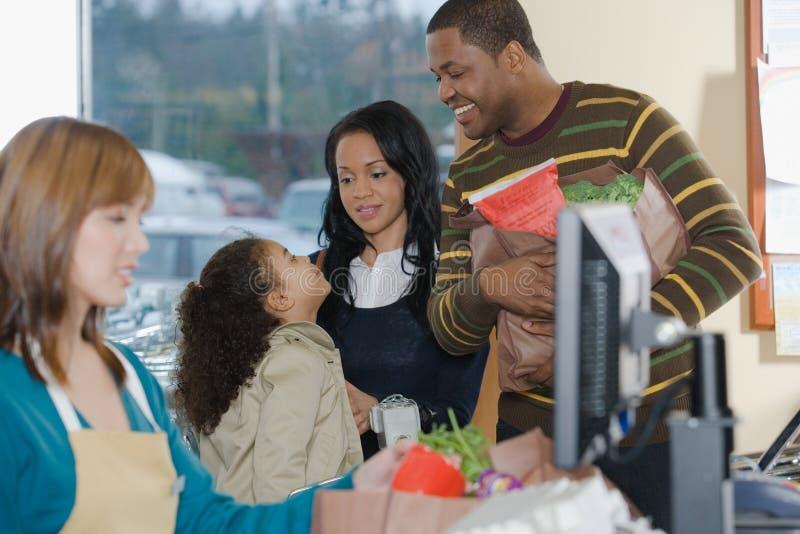 A família na lavra fotos de stock