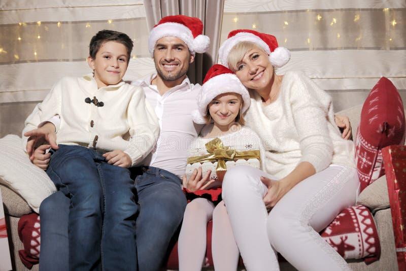 Família no Natal foto de stock royalty free