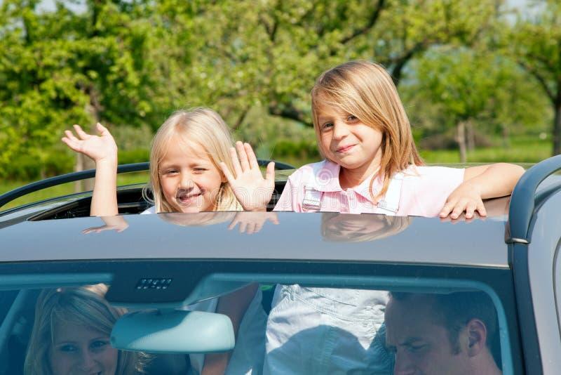 Família que viaja pelo carro fotos de stock royalty free