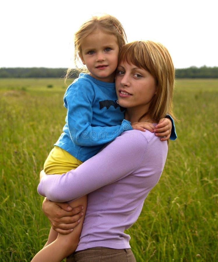 Download Famiglia immagine stock. Immagine di famiglie, bambini - 3127213