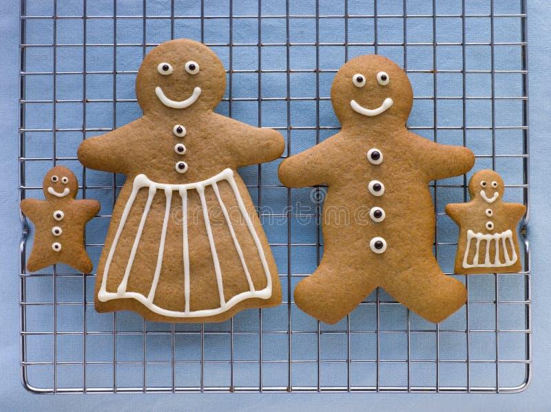 Famiglia del pan di zenzero fotografie stock libere da diritti