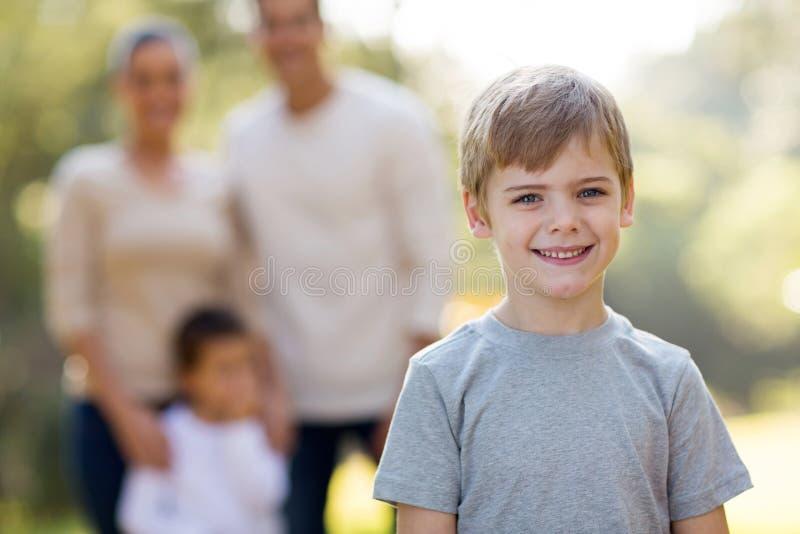 Famiglia del ragazzino fotografia stock