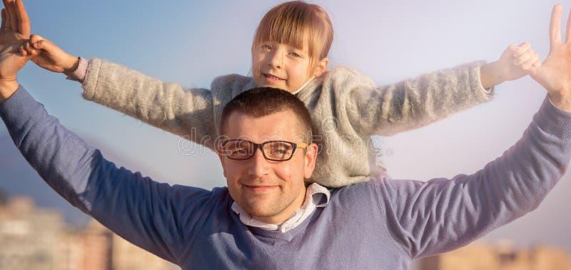 Famiglia, turismo, vacanza, concetto di affari fotografie stock libere da diritti