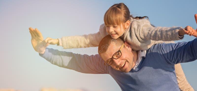 Famiglia, turismo, vacanza, concetto di affari fotografia stock libera da diritti