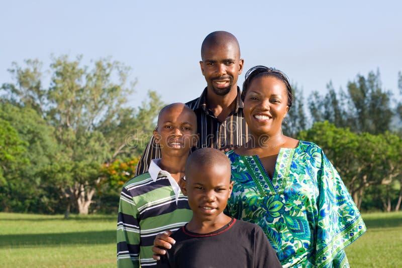 Familia africana imagen de archivo