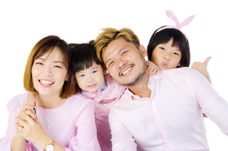 Familia asiática feliz imágenes de archivo libres de regalías