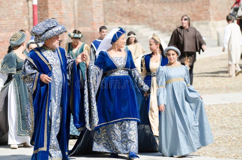 Familia de nobles de las Edades Medias foto de archivo