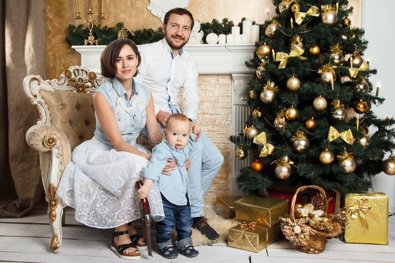 Familia del Año Nuevo fotos de archivo libres de regalías