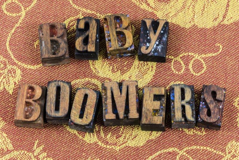 Familia del mensaje de la generación de los nacidos en el baby boom imagenes de archivo