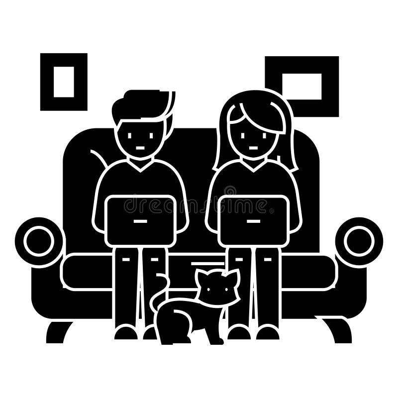 Familia en el sofá que trabaja en los ordenadores portátiles con el icono del gato, ejemplo del vector, muestra negra libre illustration