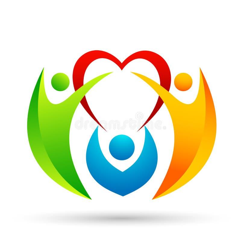 Familia en logotipo feliz de la unión del corazón, familia, padre, niños, mano, amor, parenting, cuidado, vector del diseño del i stock de ilustración
