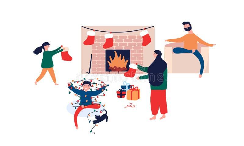 Familia feliz que se sienta por la chimenea en casa y que se prepara para el día de fiesta de la Navidad de la celebración stock de ilustración