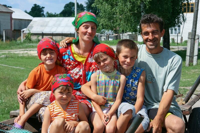 Familia grande con los ni?os imágenes de archivo libres de regalías