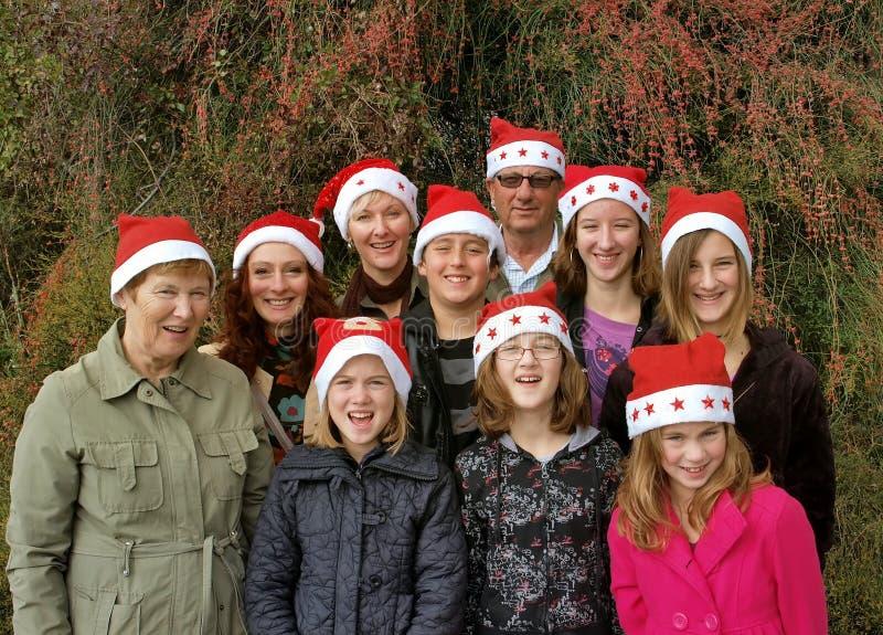 Familia grande del día de fiesta de la Navidad fotos de archivo libres de regalías
