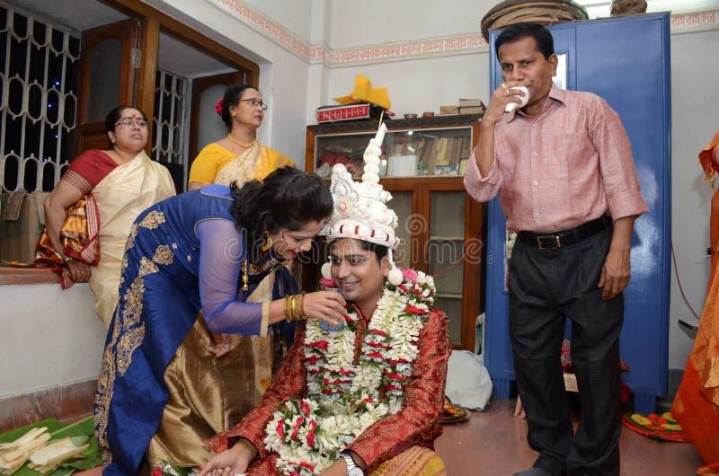Familia hindú imagenes de archivo