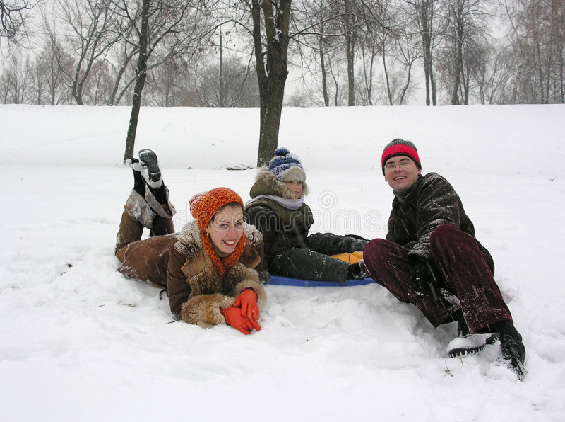 Familia. invierno. foto de archivo