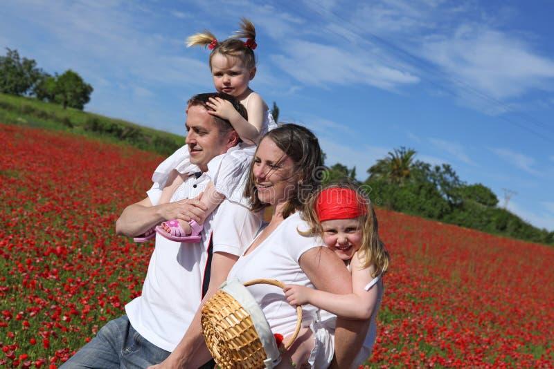 Familia joven sana fotografía de archivo libre de regalías