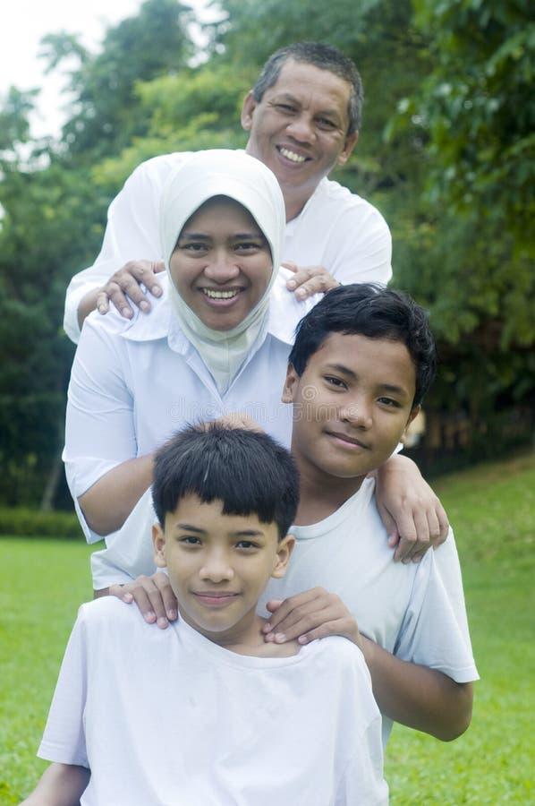 Familia musulmán imagen de archivo