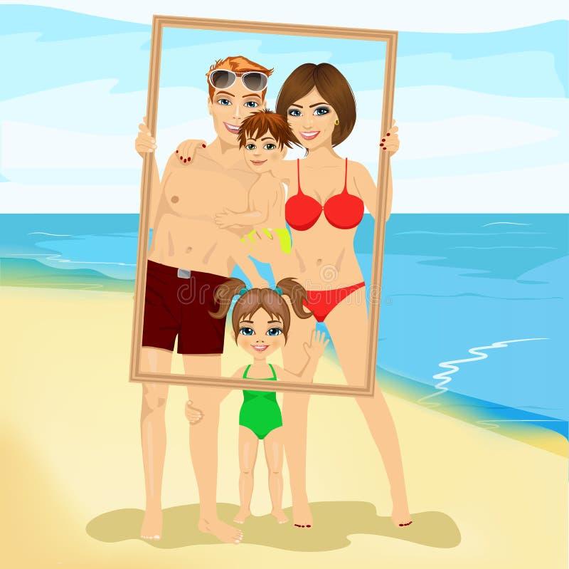 Familia sonriente con el hijo y la hija que miran a través de un marco vacío la playa stock de ilustración