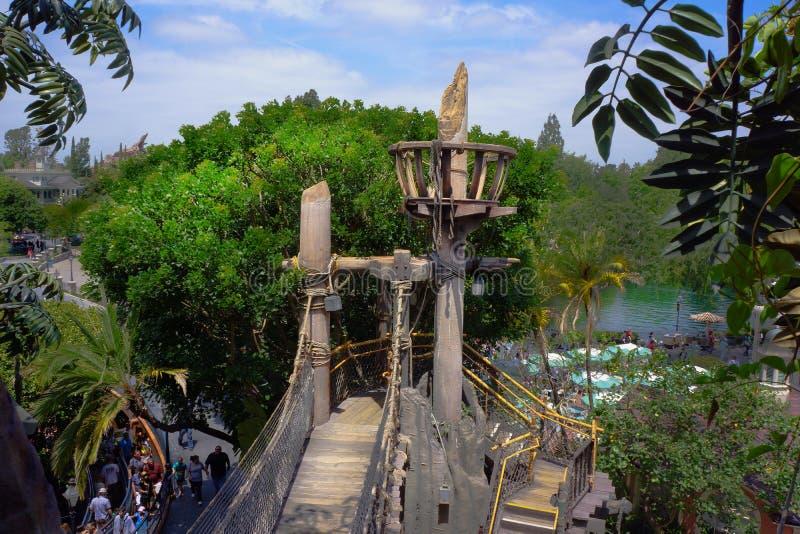 Familia suiza Robinson Tarzan Treehouse Disneyland imagen de archivo