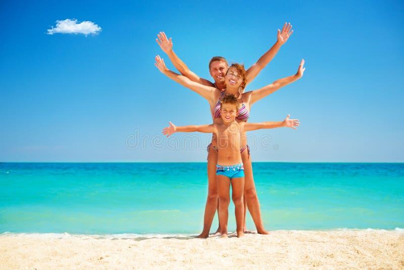 Familie die Pret hebben bij het Strand royalty-vrije stock foto