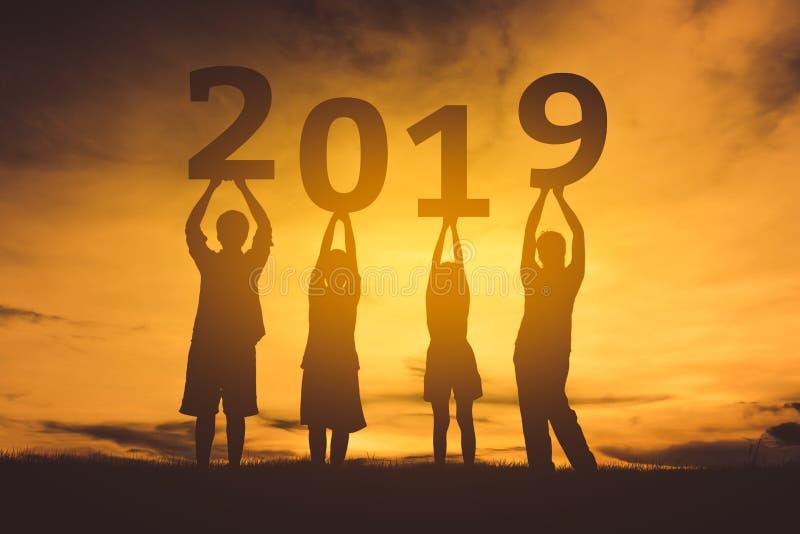 Familie gelukkig nieuw jaar 2019 vector illustratie
