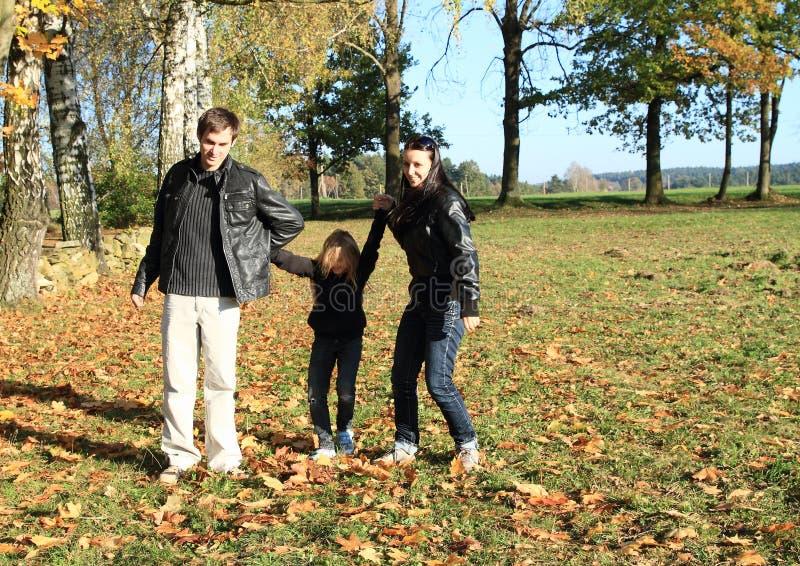 Familie het spelen met kind royalty-vrije stock afbeelding