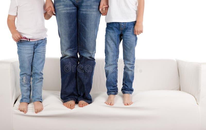 Familie in jeans royalty-vrije stock fotografie