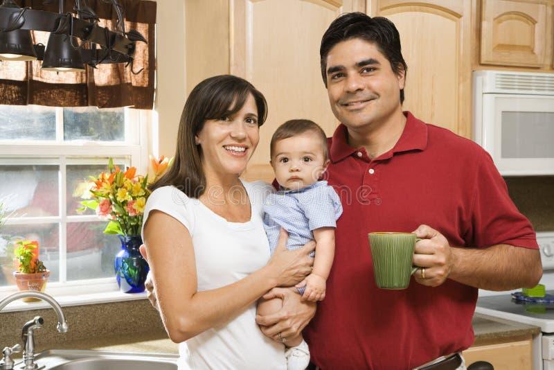 Familie in keuken. royalty-vrije stock foto's