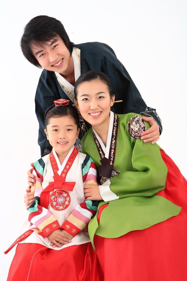 Familie in Koreaanse Kleding stock foto