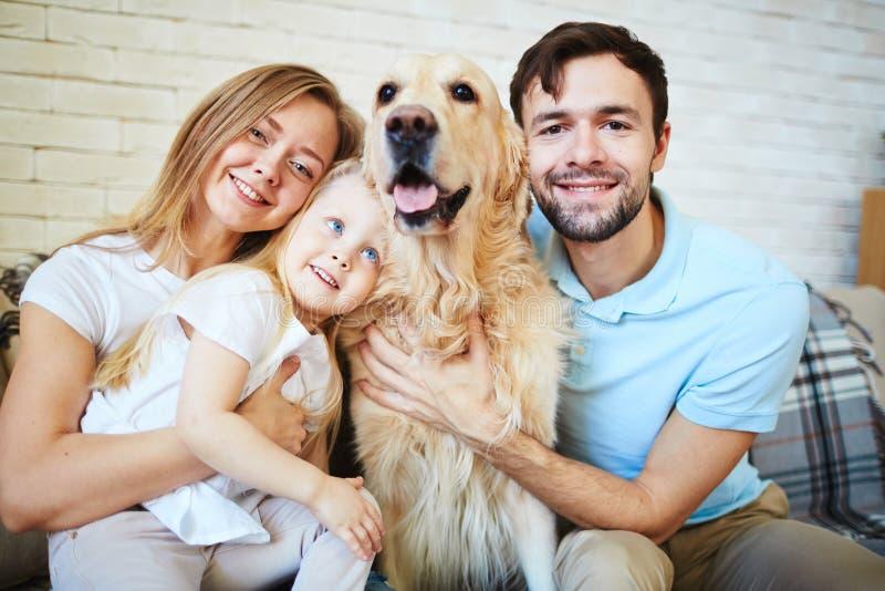 Familie van vier stock afbeeldingen