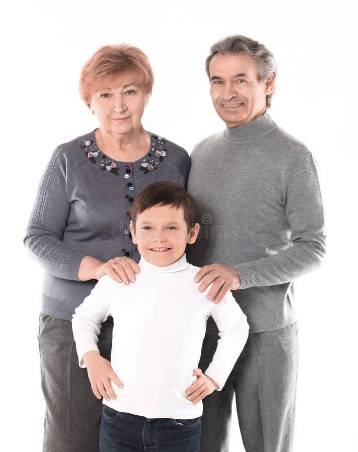 Familiefoto van omaopa en de kleinzoon Ge?soleerdj op witte achtergrond stock afbeelding