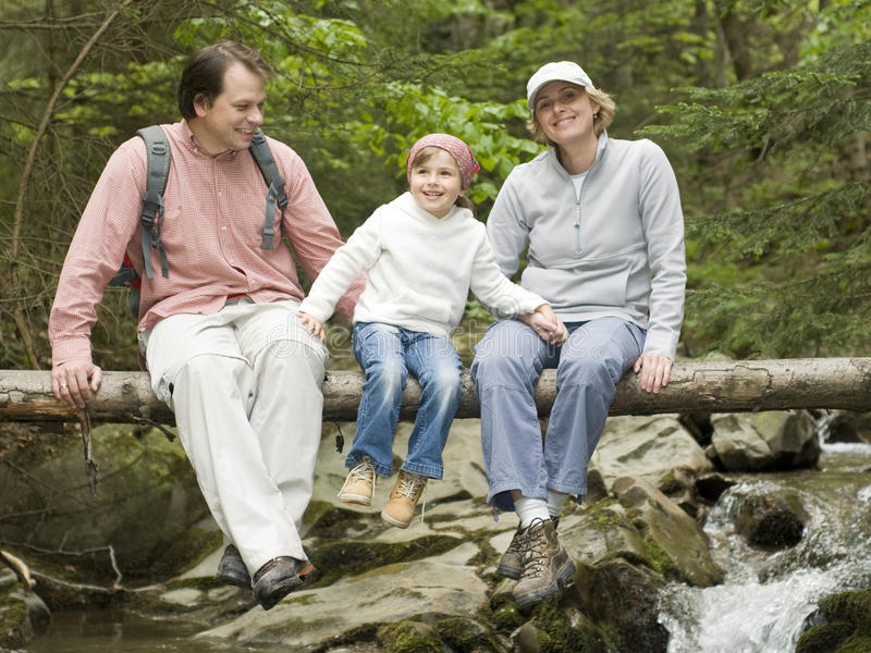 Familien-Trekking stockbild