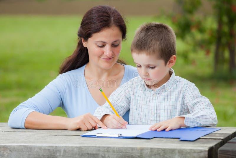 Familienbildung stockfotografie