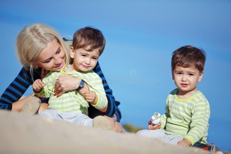Familienfreizeit stockfotos