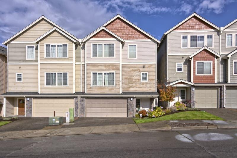 Familienhäuser in Folge Oregon lizenzfreie stockfotografie