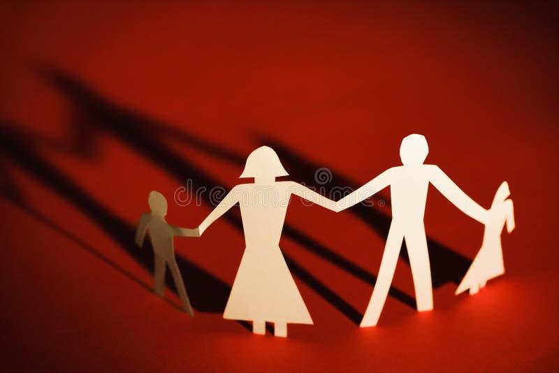 Familienholdinghände stockbild
