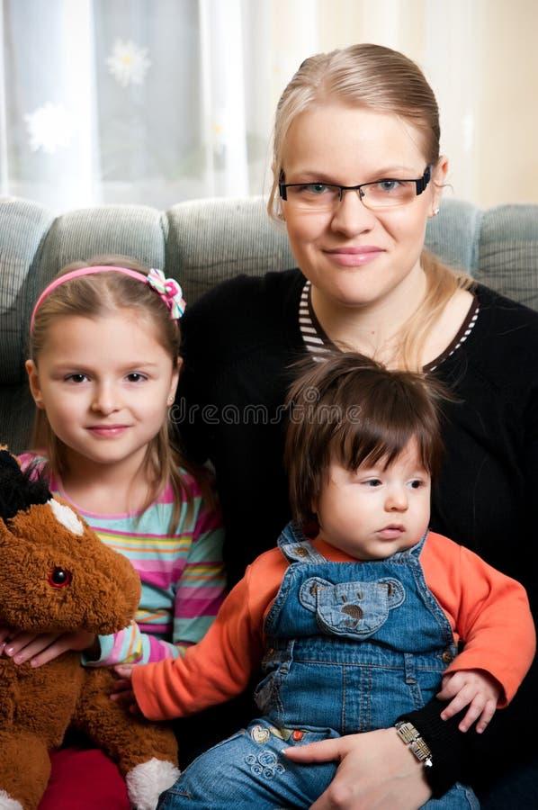 Familienportrait stockfotos
