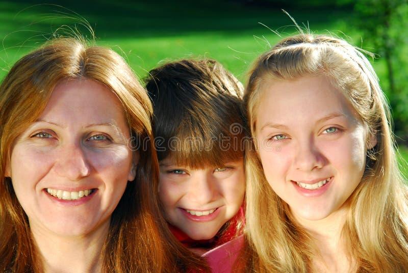 Familienportrait stockbilder