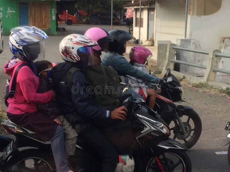 Familievervoer, Indonesië royalty-vrije stock afbeeldingen
