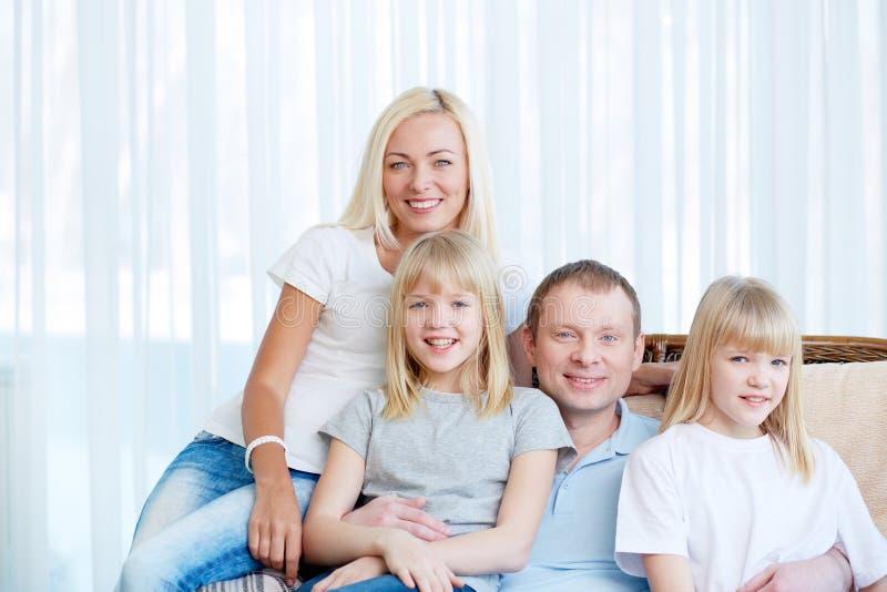 Familievrije tijd stock afbeeldingen