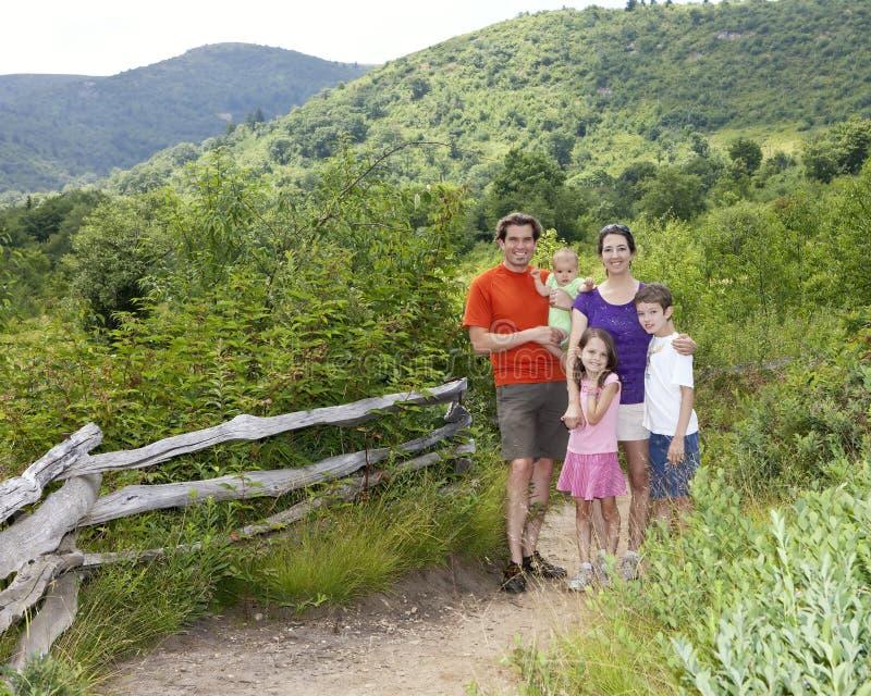 familj fem royaltyfri foto