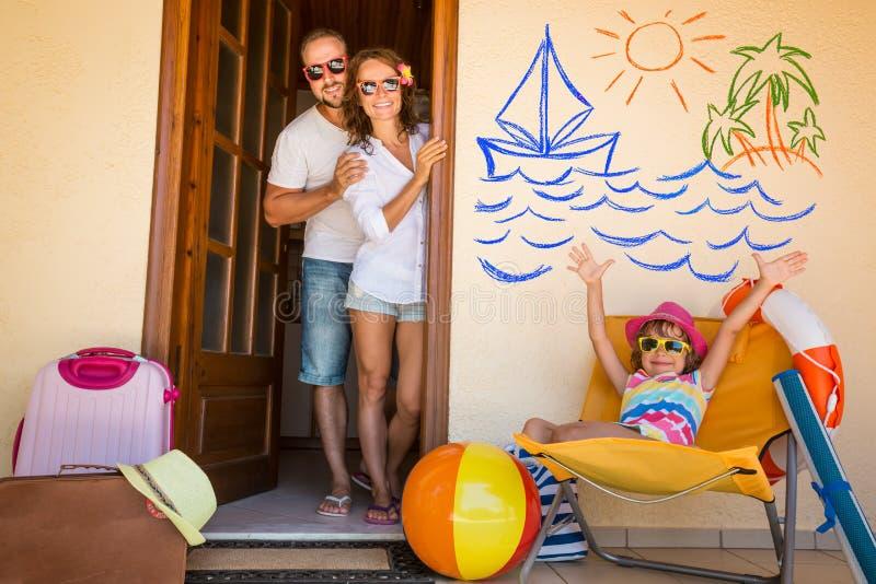Familj på semester royaltyfri fotografi